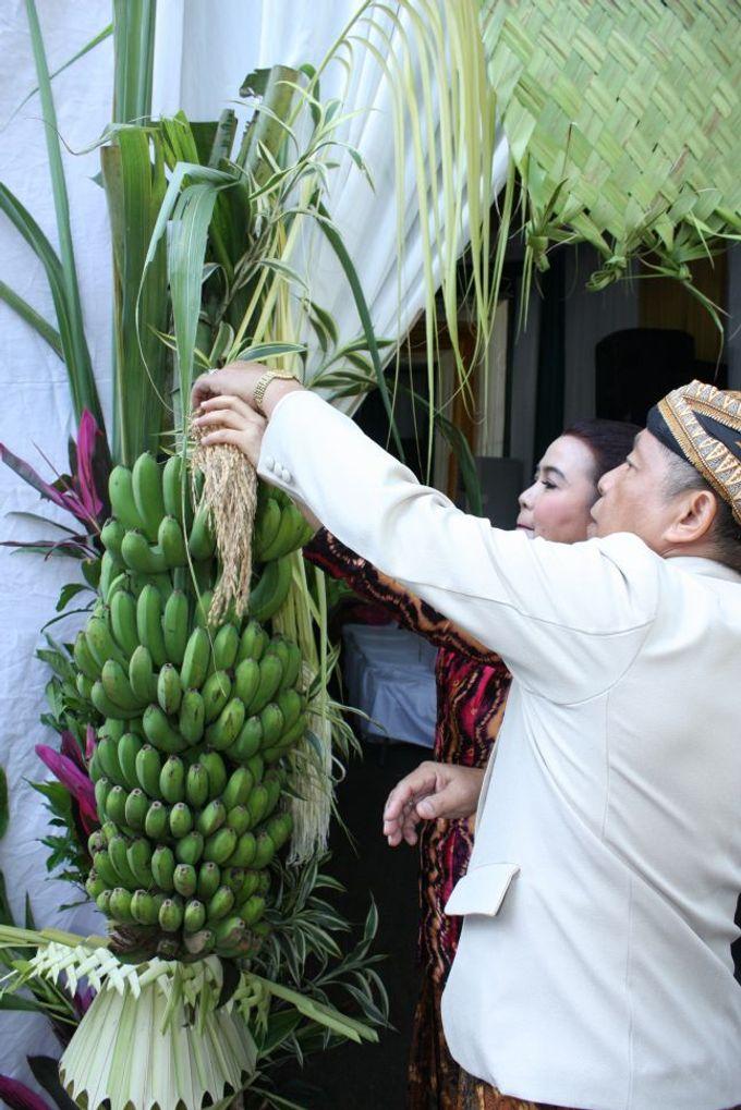Siraman Tika (22 Agustus 2014) by Arum Ndalu Sanggar Rias Pengantin - 002