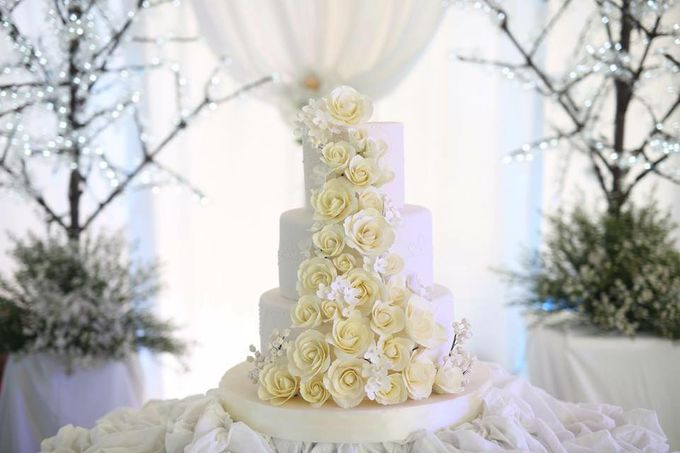 Wedding Cakes by Cupkeyk N Art - 001