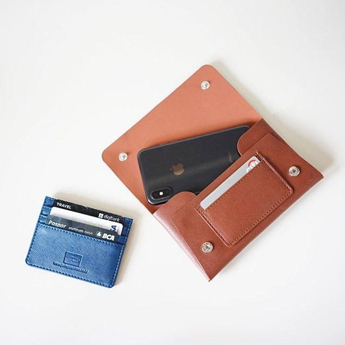 Handphone & Card Wallet by Le'kado - 010
