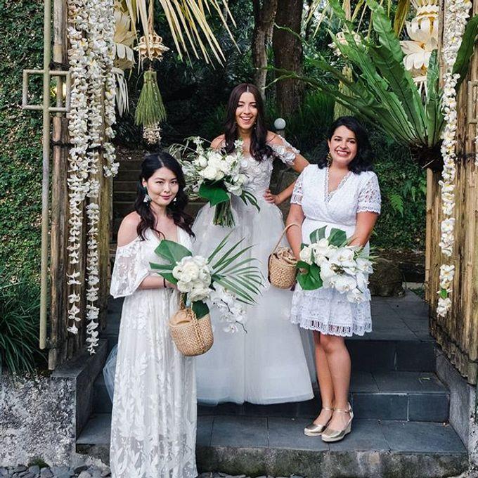 Real Wedding featured in Wedding Magazine Style me Pretty by Hari Indah Wedding Planning & Design - 001