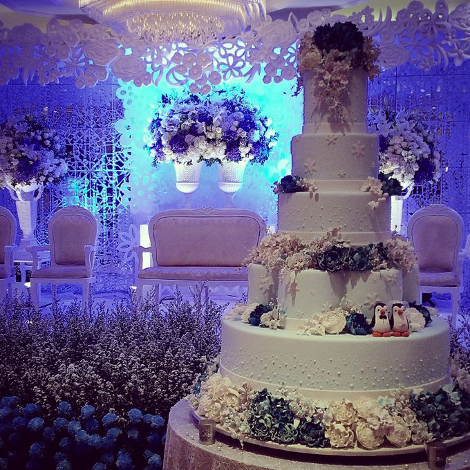 5 layers Wedding Cakes by LeNovelle Cake - 020