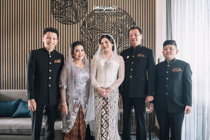 Eva & Fikriel Wedding by Petty Kaligis - 013