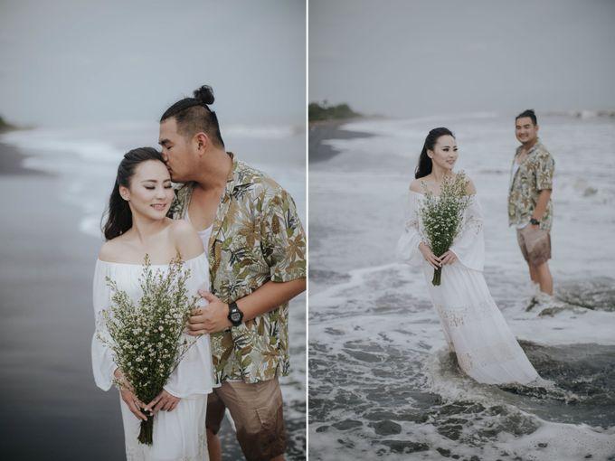 PRE - WEDDING EDWIN & YOMEDIKA BY RIO YAPARI by All Seasons Photo - 044
