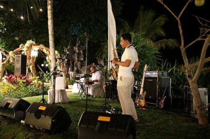 THE STAR BAND at TARA & MARSHEL Wedding by BALI LIVE ENTERTAINMENT - 001