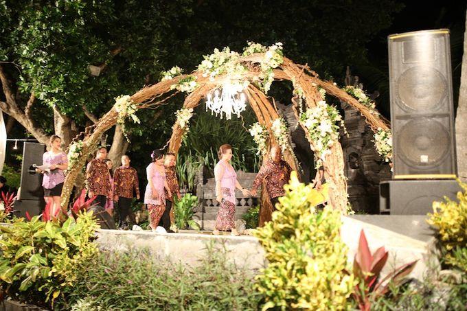 THE STAR BAND at TARA & MARSHEL Wedding by BALI LIVE ENTERTAINMENT - 002