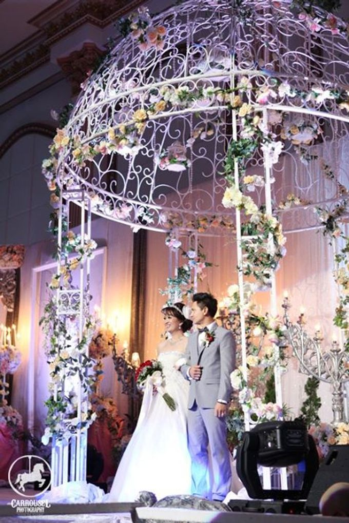 Arthur & Helen Wedding by Carrousel Photography - 014
