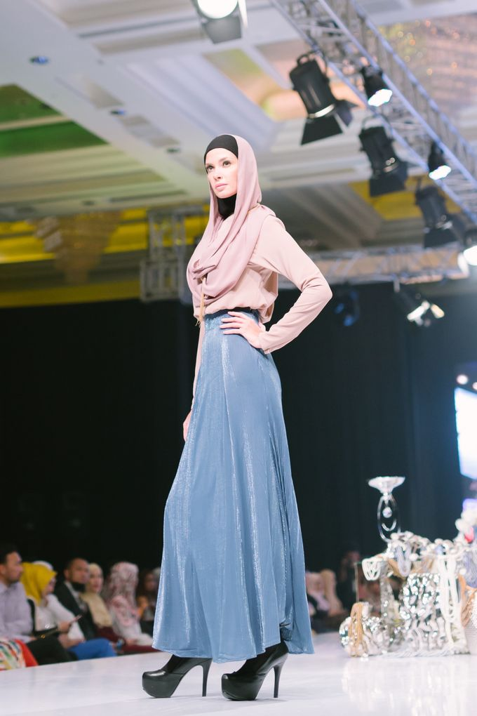 Kuala Lumpur Fashion Night 2017 by Fern.co - 047