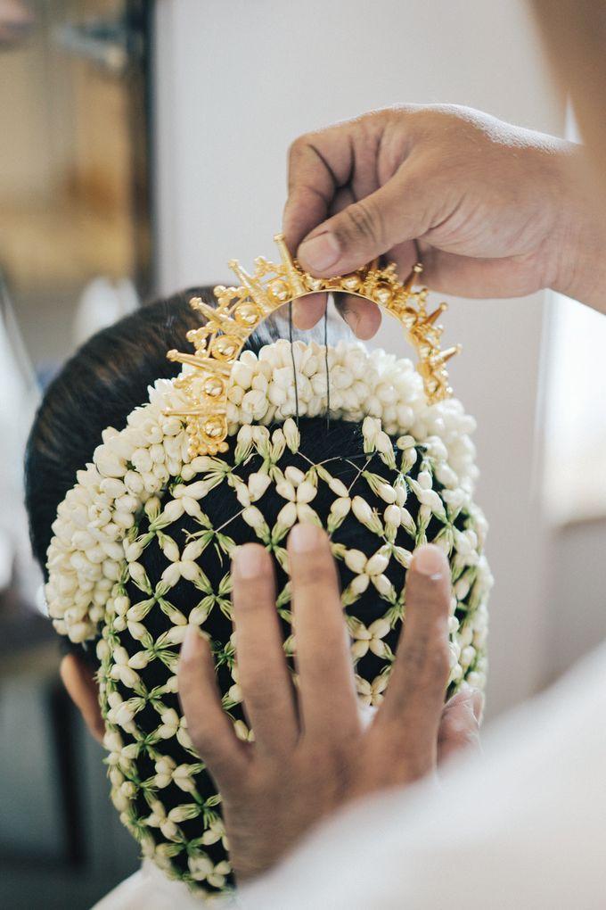 Togi & Jesicca - Holy Matrimony & Batak Ceremony by JAYSU Weddings by Jacky Suharto - 003