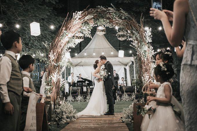 Unique Vintage Wedding Held In A Heritage Venue By Elior Design Bridestory Com