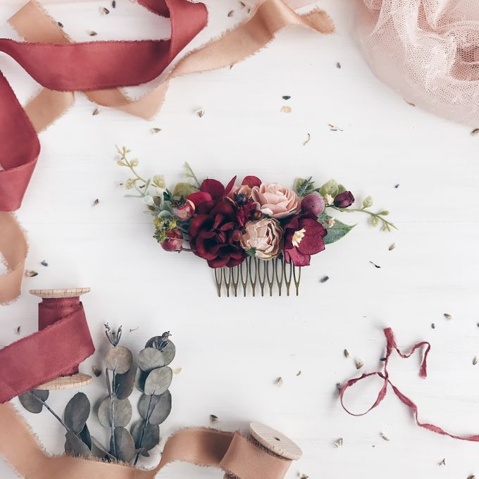 Flower hair comb by Serenity Wedding - 004