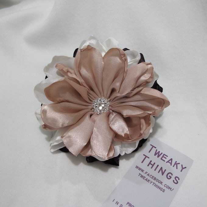 Flower brooch and hairclip by TweakyThings - 004