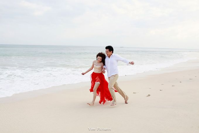 Truly Madly Deeply - Hendratama and Anastasia Prewedding by Antony by Vow Pictures - 015
