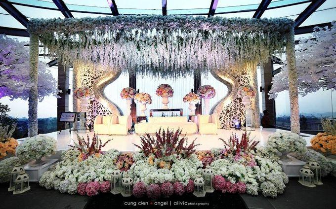 White Allure Wedding by Fuchsia Decoration - 003