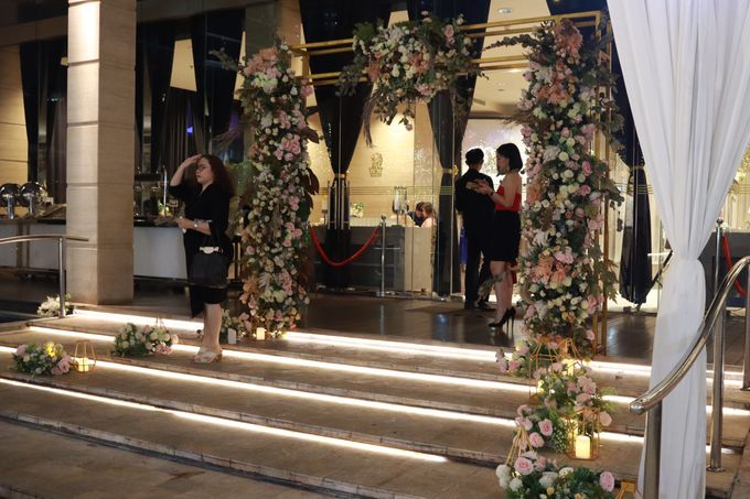 MC Intimate Wedding Glass House Ritz Carlton Pacific Place  - Anthony Stevven by Anthony Stevven - 016