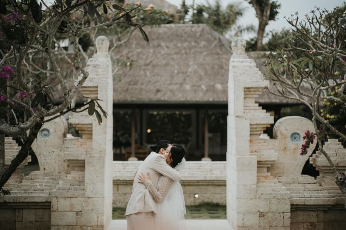 Chris & Calista Real Wedding at The Stone House by Tirtha by Tirtha Bali - 012