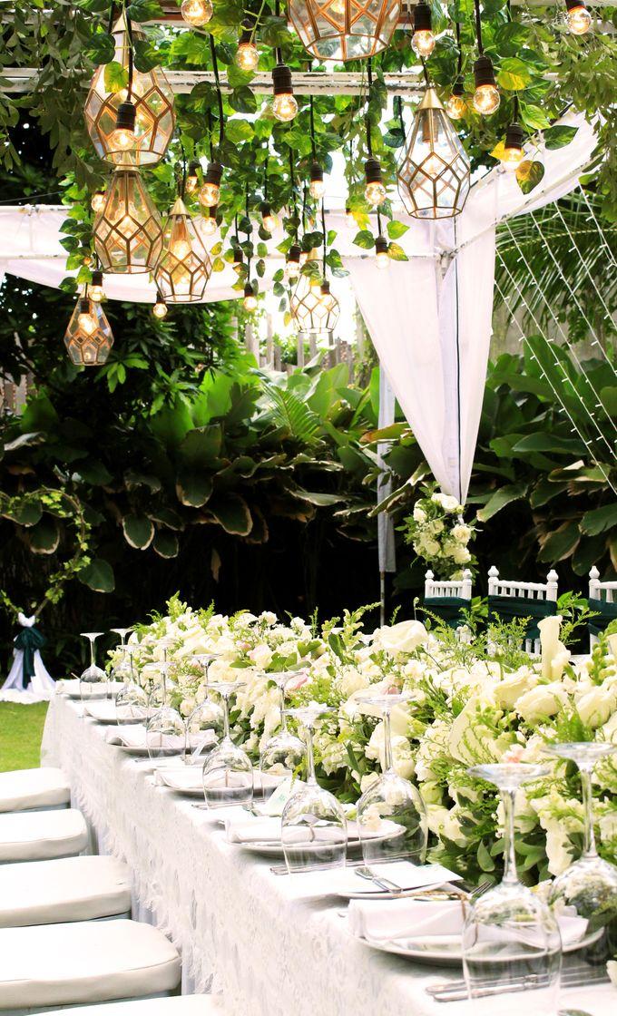 Intimate wedding decoration at kayu manis resto by bali wedding add to board intimate wedding decoration at kayu manis resto by bali wedding planner 005 junglespirit Images