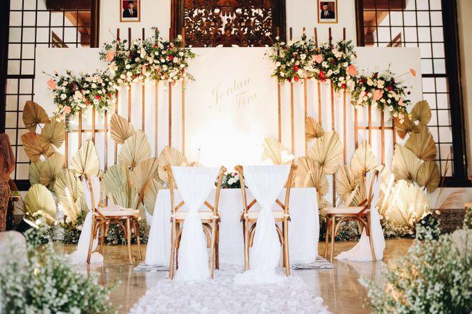 The Wedding of Fira & Jordan by Elior Design - 028