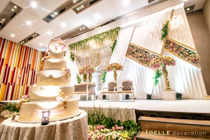 Love is You and Me by Joelle Decoration - 006