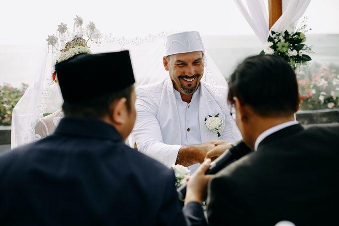 Chad and Lia Wedding by Jimbaran Bay Beach Resort and Spa - 005