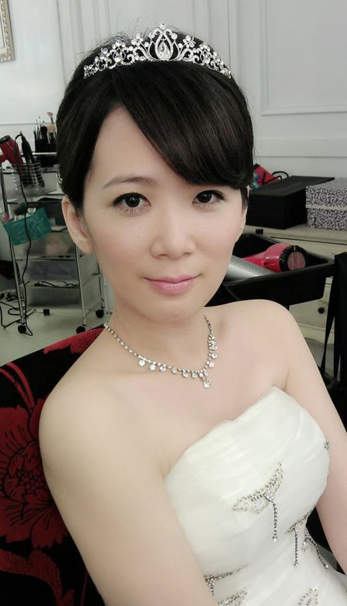 Bridal makeup & hairstyle by Ms Rouge - 005