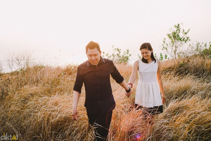 Engagement // prewedding Hendra & Dimitry by diktatphotography - 017