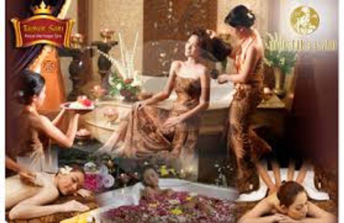 A Romantic Wedding Package by Taman Sari Royal Heritage Spa Mustika Ratu - 001