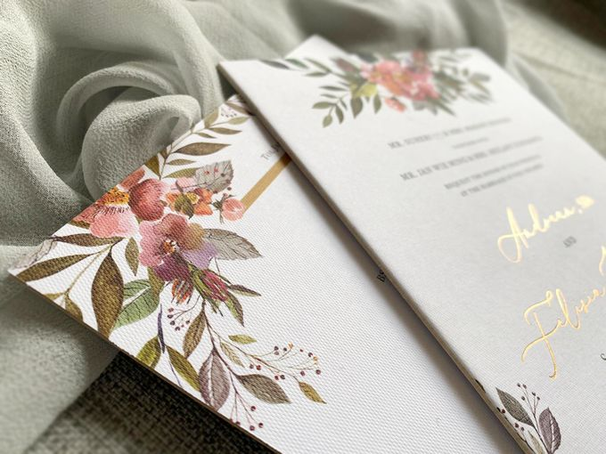 Spring Season by Trouvaille Invitation - 003