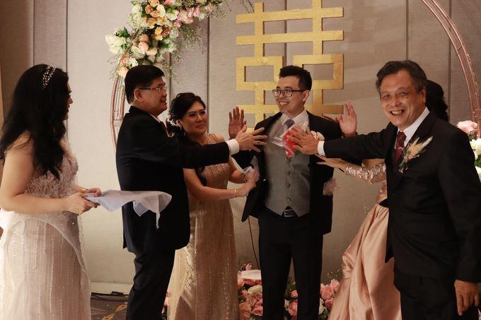 Lounge Jazz wedding band at Double Tree Jakarta by Double V Entertainment by Double V Entertainment - 020