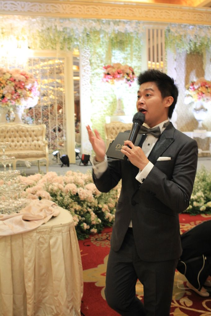 MC Wedding Red Top Hotel Jakarta - Anthony Stevven by Pelangi Cake - 008