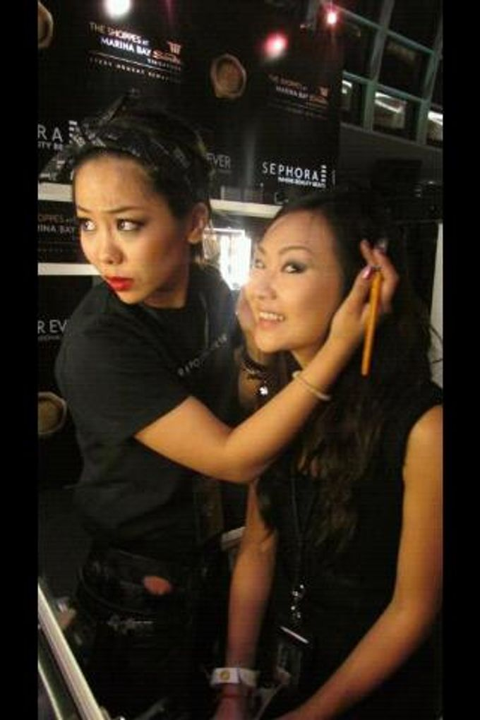 Backstage/Fashion Show by Amber Liu Make up and Hair  - 009