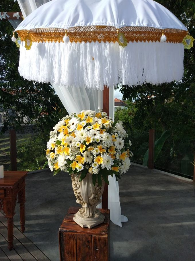 Ceremony Set Up Balinese Touch by Million Rose Event Bali - 003