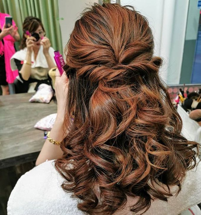 Hairstyling By Lili by Lili Makeup Specialist - 030
