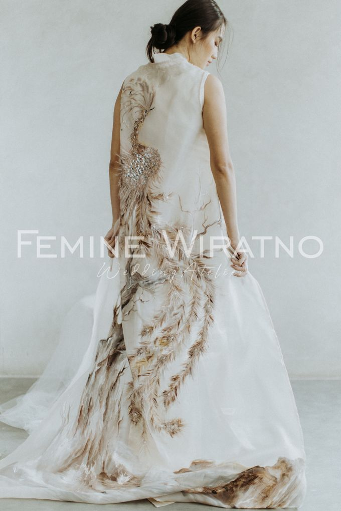 Hand Painted Gowns by Femine Wiratno - 004