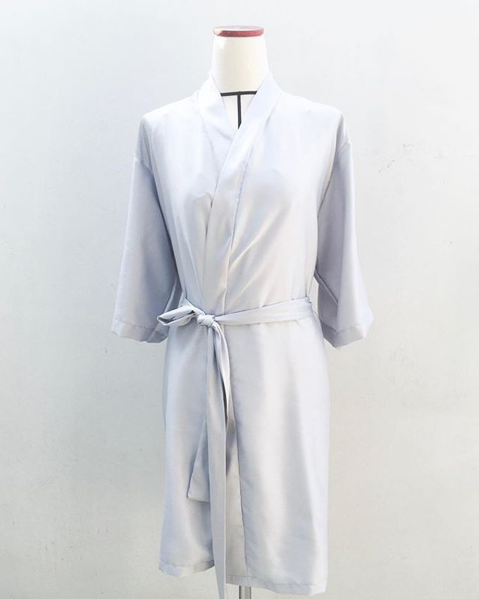 Custom Robes Bride & Bridesmaid gift by Cana Robes - 005
