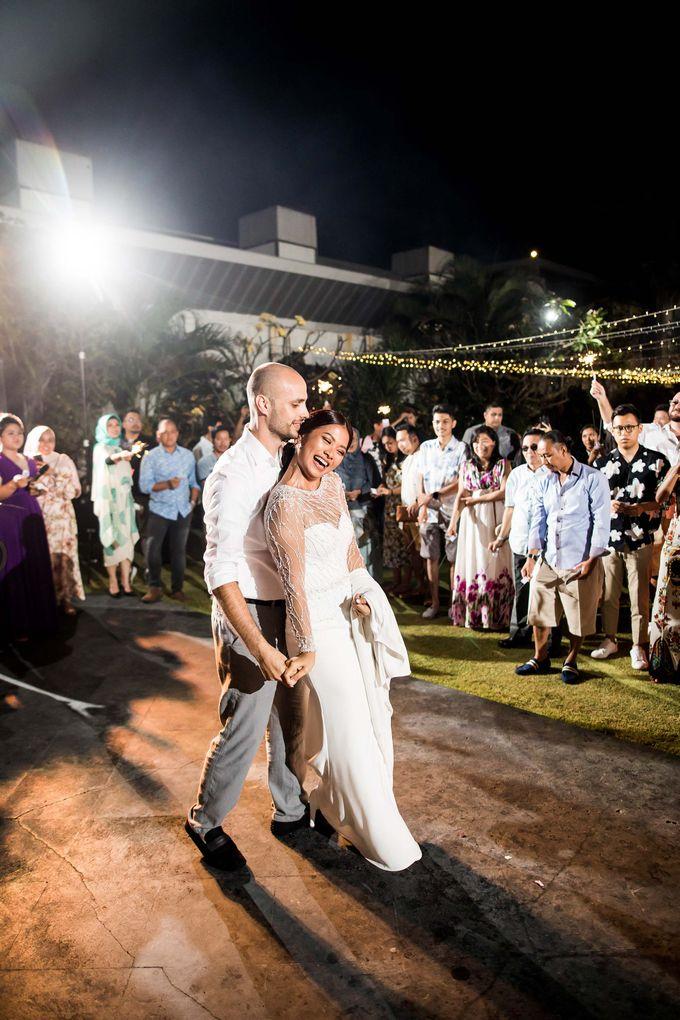 Phalosa Villa Bali Wedding - Ita & Phillip by Bali Pixtura - 031