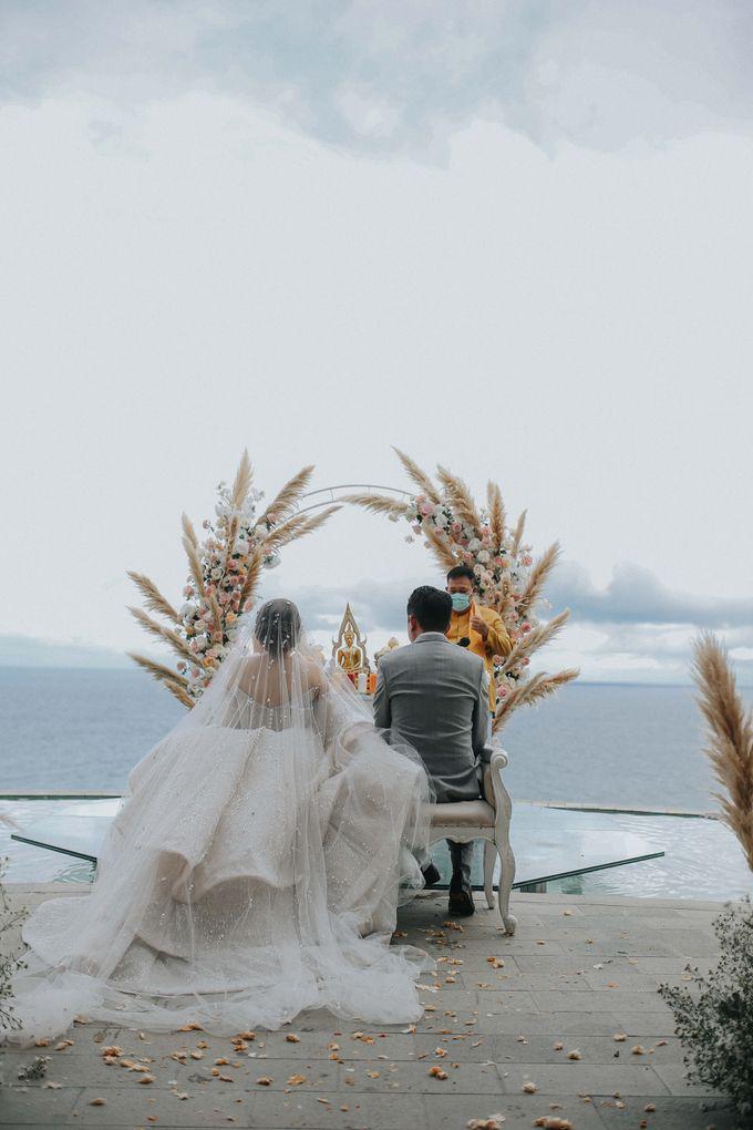 Sally and Randy Wedding by All Season Surabaya Photo by KAMAYA BALI - 007