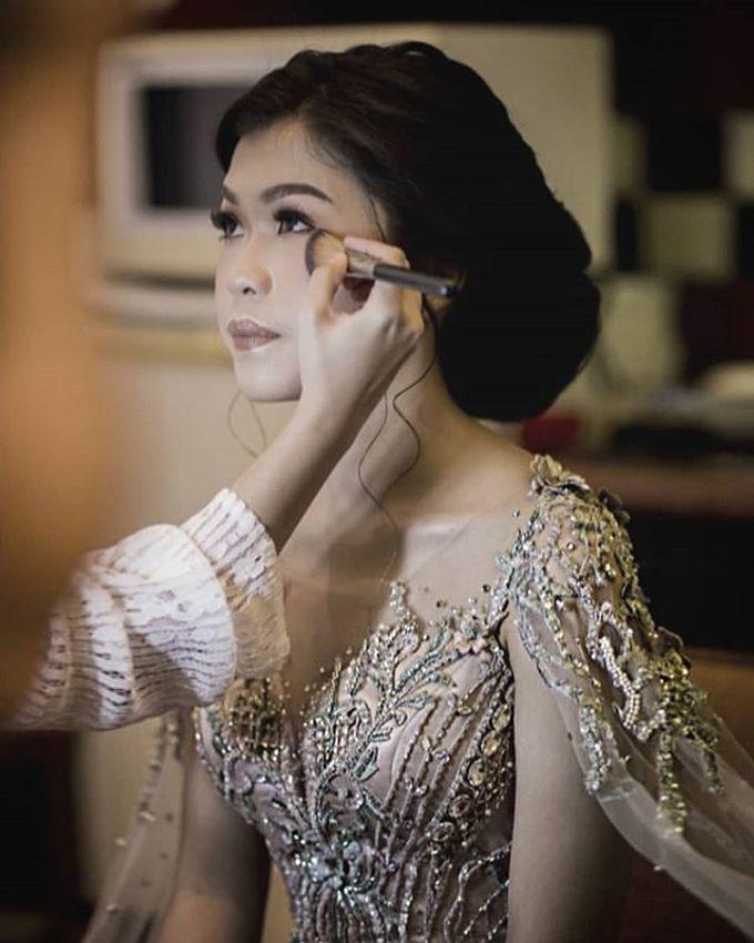 Togi & Sarah Wedding by METTA FEBRIYAN bridal & couture - 012