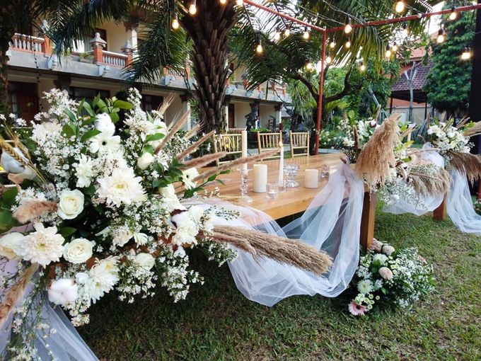Rustic Arrangement by Million Rose Event Bali - 001