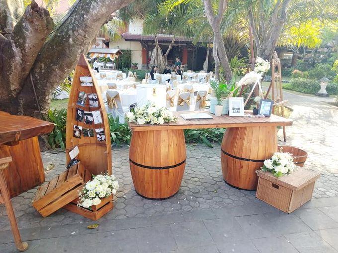 Rustic Arrangement by Million Rose Event Bali - 002