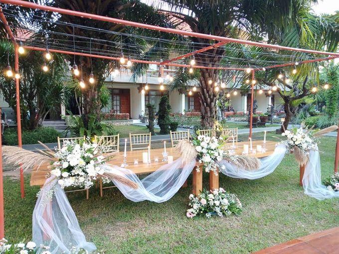 Rustic Arrangement by Million Rose Event Bali - 005