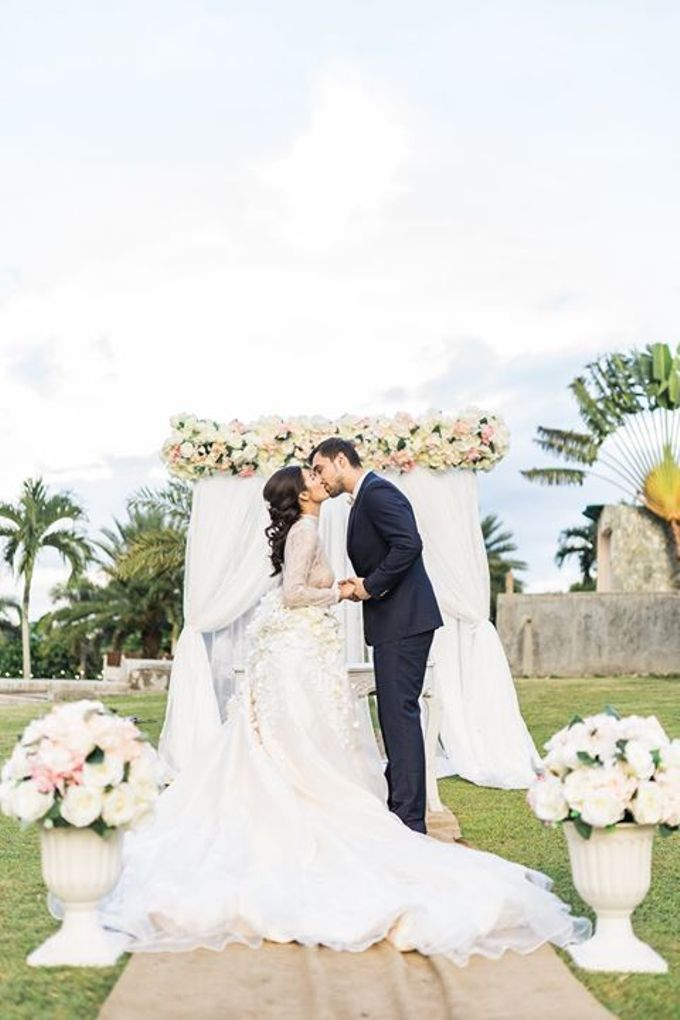 Wedding Editorial - Xavier and Catrhina by Love And Other Theories - 025
