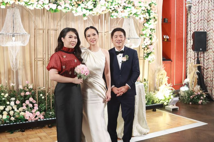 Fine Dinning Intimate entertainment wedding at Alto Restaurant Four Seasons Jakarta - Double V Entertainment by Hian Tjen - 014