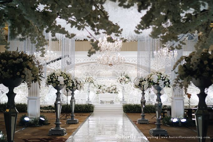 The Wedding of Hananto & Choerunissa by Butterfly Event Styling - 008