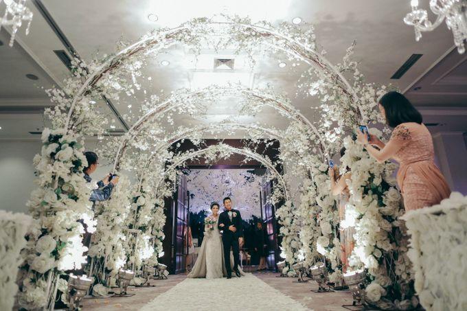 Tomas & Asti Jakarta Wedding by Ian Vins - 038