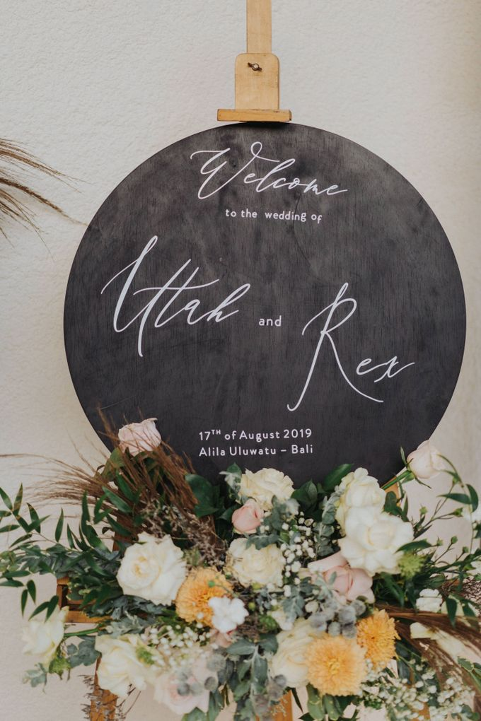 Romantic-Modern Wedding at Alila Uluwatu by Silverdust Decoration - 027