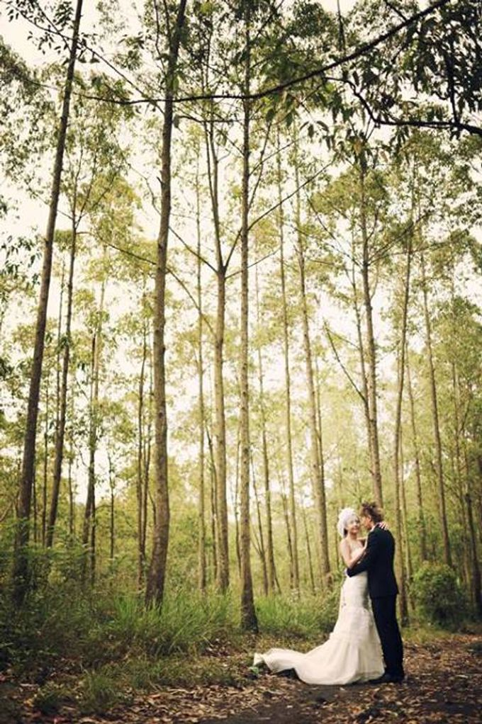 The Engagement - Noriman + Liyana by Studio 8 Bali Photography - 012