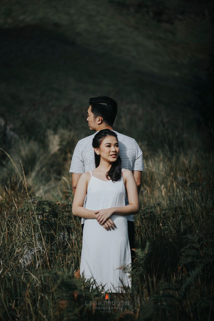 The Prewedding of Andrey and Sisca - Bromo by Lighthouse Photography - 007
