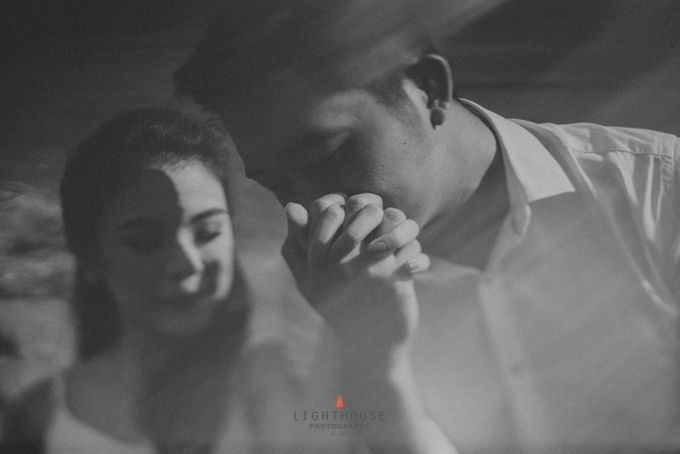 The Prewedding of Andrey and Sisca - Bromo by Lighthouse Photography - 018