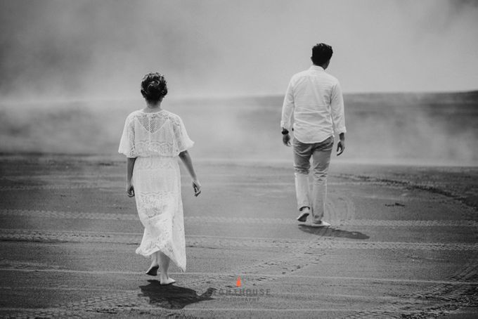The Prewedding of Andrey and Sisca - Bromo by Lighthouse Photography - 032
