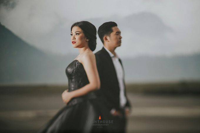 The Prewedding of Andrey and Sisca - Bromo by Lighthouse Photography - 040